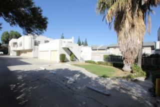 20920 Community St, Los Angeles, CA