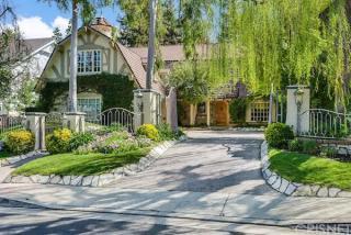 4538 Westchester Drive, Woodland Hills CA