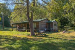 8911 Lonewood Road, Spencer TN