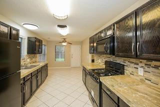 4750 Widerop Ln, Friendswood, TX 77546