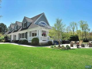 299 Chestnut Ridge Road, Woodcliff Lake NJ