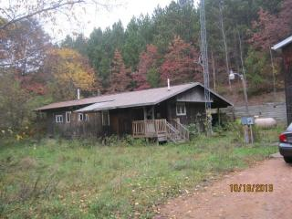 8275 Hillcrest Rd, Custer, WI 54423