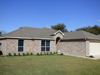 11026 Shady Oaks Drive, Runaway Bay TX