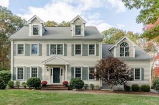 10 Stable Way, Medway MA