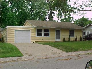 424 Washington Park Blvd, Michigan City, IN 46360