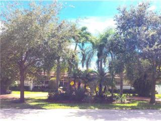 8135 Southwest 136th Street, Pinecrest FL