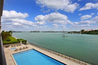 1000 Venetian Way #302, Miami Beach FL
