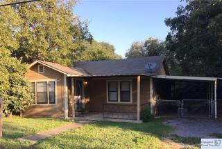 714 Johnson Avenue, Seguin TX