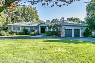 16 Bridle Path Drive, Old Westbury NY