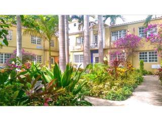 439 15th Street #9, Miami Beach FL