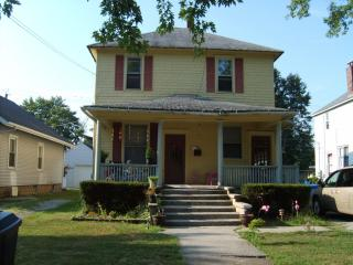 723 W Washington St, Rensselaer, IN 47978
