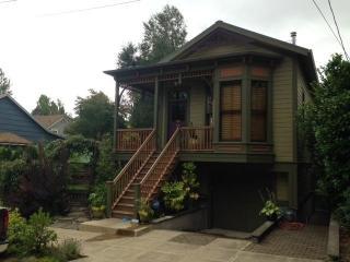 2922 Southwest 2nd Avenue, Portland OR
