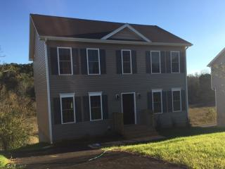 653 Old Fort Rd, Rocky Mount, VA 24151