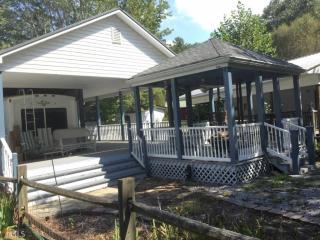 4164 Riverbank Run, Hiawassee GA
