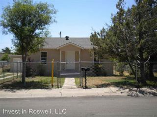 1020 Crescent Dr, Roswell, NM 88201