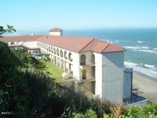 4009 Southwest Highway 101 #ROOM 139, Lincoln City OR