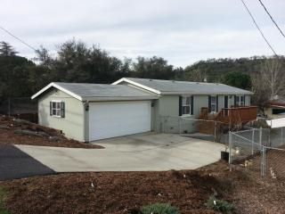 3134 12th St, Clearlake, CA 95422