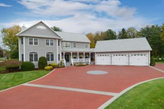 33 Kevin Clancy Way, Stoughton MA