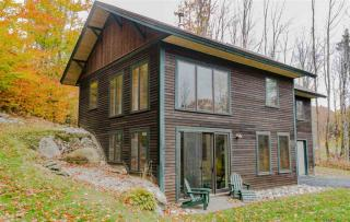 85 Sharkeyville Road, Waterbury VT
