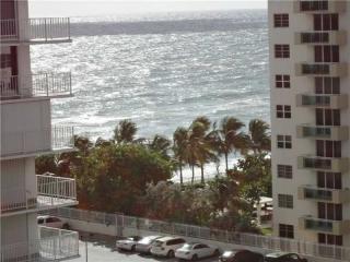 2751 Ocean Drive #907N, Hollywood FL