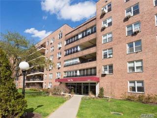 16241 Powells Cove Boulevard #6F, Queens NY