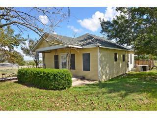 17811 Steger Lane, Manor TX