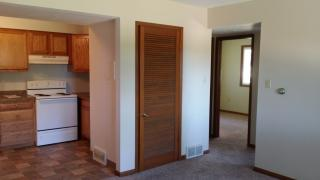 1105 N Depot St #10, Knoxville, IA 50138