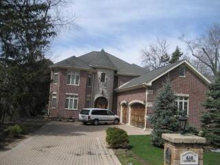 616 Glenwood Lane, Glenview IL
