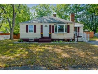 618 Colonial Drive, Portsmouth NH