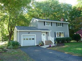 47 Angel Place, North Haven CT