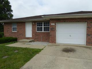 1656 Country Walk Ct, Terre Haute, IN 47803