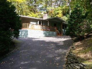 387 Sourwood Lane, Blowing Rock NC