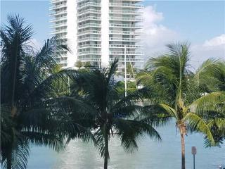 1450 Lincoln Road #303, Miami Beach FL