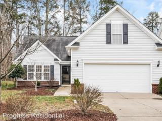 329 Braxman Ln, Holly Springs, NC 27540