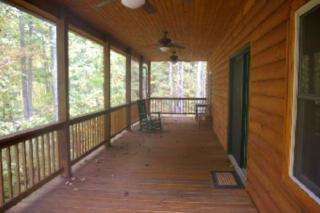 7 Apple Pasture Dr, Bakersville, NC 28705