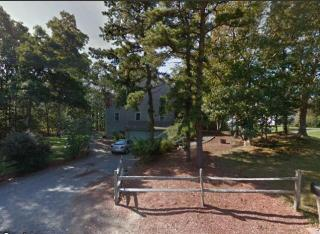12 Forest Rd, Forestdale, MA 02644