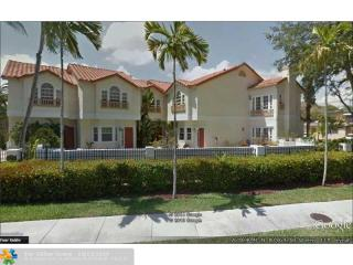 1321 Bayview Drive #4, Fort Lauderdale FL