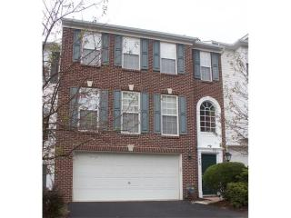 649 Village Green Blvd E, Mars, PA 16046