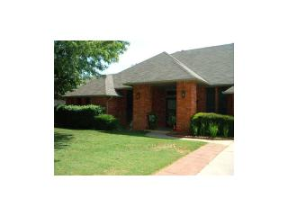 704 Bluegrass Lane, Yukon OK