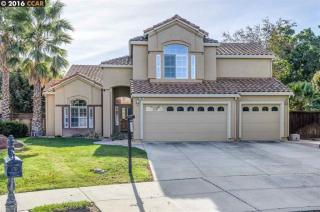 890 Outrigger Circle, Brentwood CA
