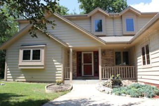 4565 South River Ridge Boulevard, Greenfield WI