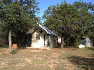 1281 North Lakeview Drive, Palo Pinto TX