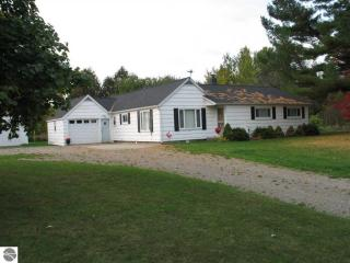 7325 West Esmond Road, Hale MI