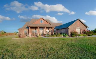 19786 Canyon Rock Rd, Purcell, OK 73080