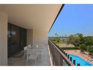 2901 South Bayshore Drive #4D, Coconut Grove FL