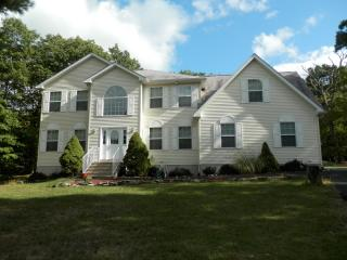 223 Lake Forest Drive, Dingmans Ferry PA