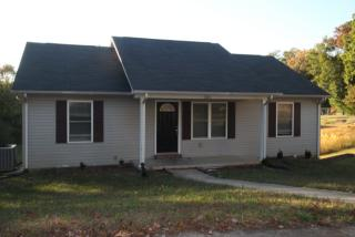 581 Forrest Cove Ln, Cookeville, TN 38501