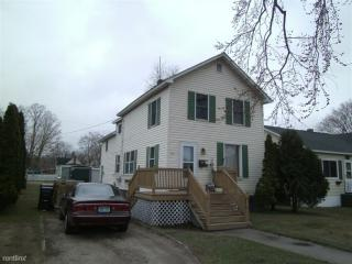 305 N 13th St, Escanaba, MI 49829