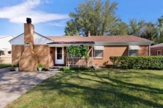 226 Sunset Avenue, Haysville KS