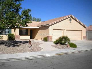 5327 Sangara Dr, North Las Vegas, NV 89031